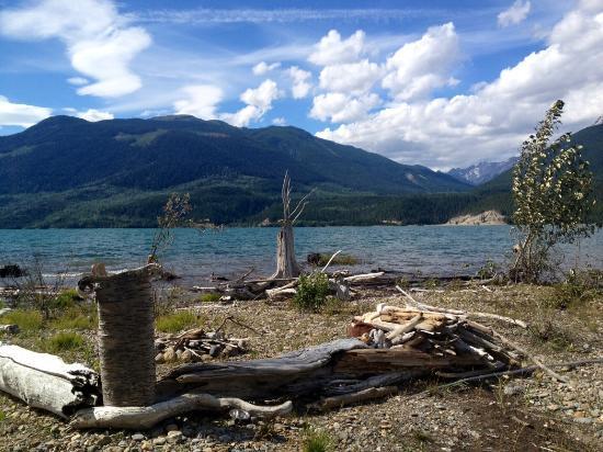 Golden, Kanada: Mile 57 Kinbasket Lake