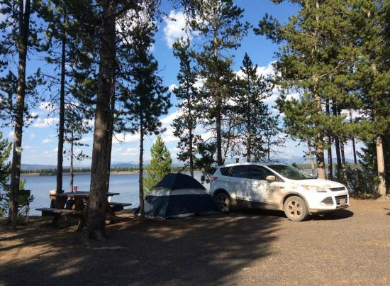 Madison Arm Resort: lake front camping
