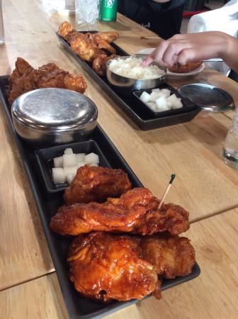 BonChon Chicken - Esplanade Ratchada