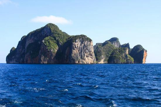 Scuba Diving Phuket PP: Koh Phi Phi Don