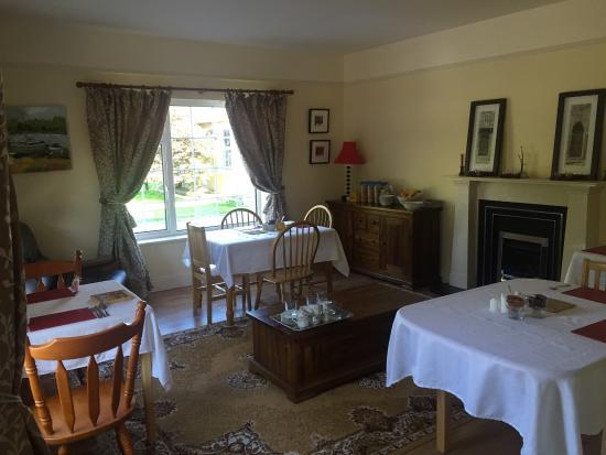 Innishannon, Irlanda: Gastenkamer en ontbijtkamer