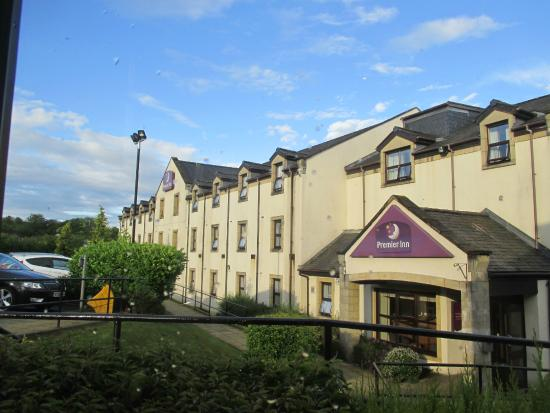 Premier Inn Glasgow (Milngavie) Hotel : outside of accommodation
