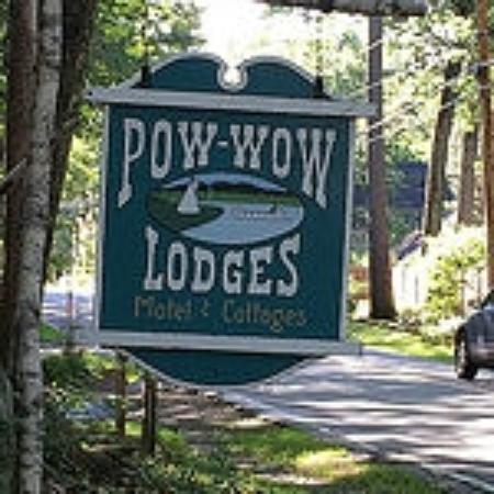 Wolfeboro, NH: PowWow Lodge Sign