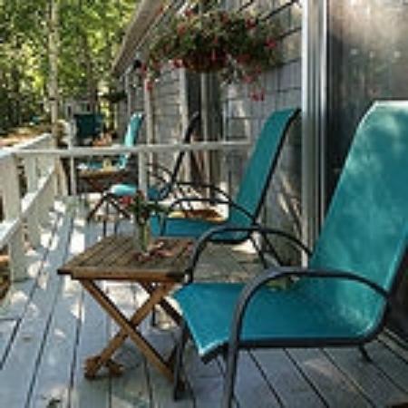 Wolfeboro, NH: PowWow Lodge Porch