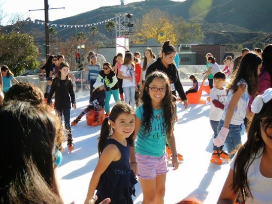Pechanga Resort and Casino: pista de patinaje en hielo