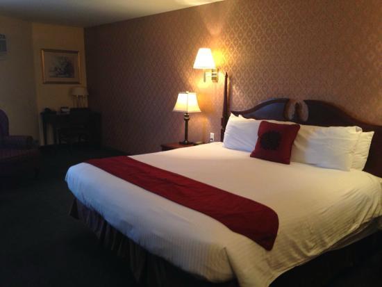 Howard Johnson Inn Moncton: Bedroom