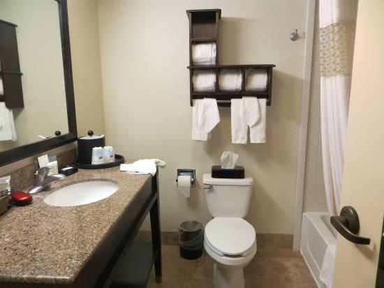 Hampton Inn and Suites Park City: Bathroom