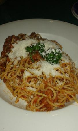 Mario's Trattoria & Pizzeria: over faced spag bol