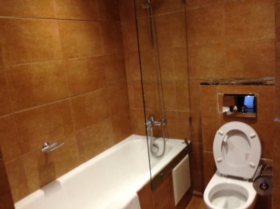 Mercure Rabat Sheherazade : salle de bain