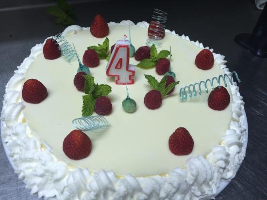 By Larius: Mørbrad fra ny menu og fødselsdages kage fra 1/8