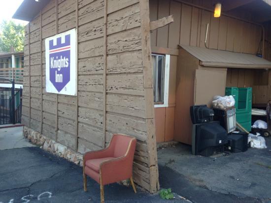 Knights Inn Big Bear Lake: Knights Inn, Big Bear CA