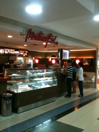 Montmarttre Cafe