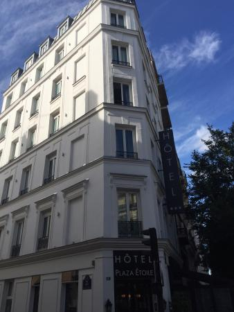Picture of emeraude hotel plaza etoile paris for Hotels 1 etoile paris