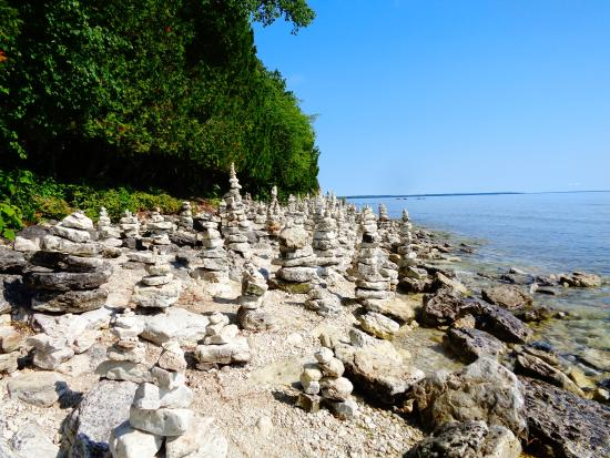 Sturgeon Bay, WI: Stacked Rocks on the beach