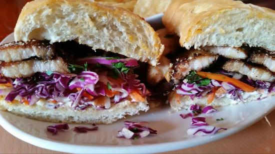 Las Aves Cafe: Pork Belly Banh Mi