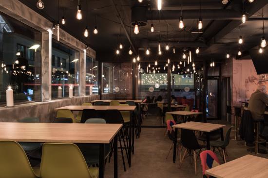 Centro-Lounge Bar