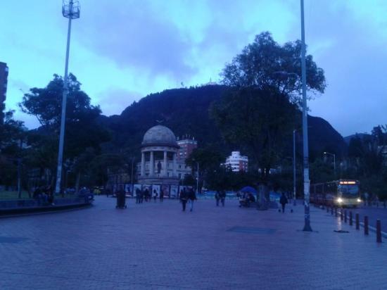Hostal Sue Candelaria: Plaza cercana
