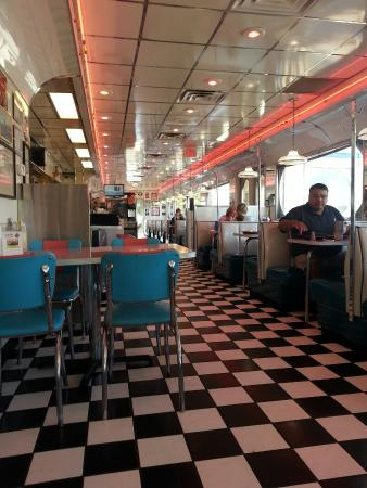 Kroll's Diner, Mandan - Menu, Prices & Restaurant Reviews