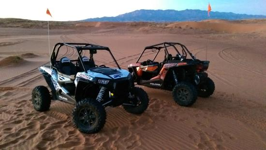Southern Utah Adventure Center : Amazing Sand Dunes