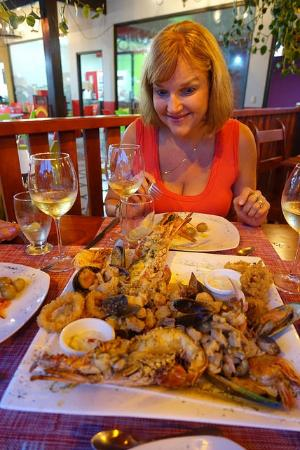 Tabacon Thermal Resort & Spa: Seafood Platter at Marisquiera Snappers in La Fortuna