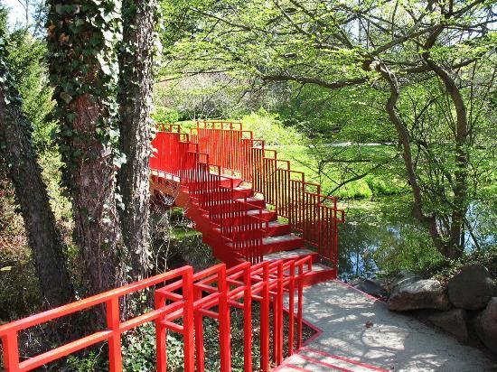 Midland, MI: 110 Acres of Botanical Gardens at Dow Gardens