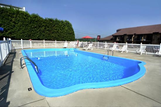 317974d4ba 10 Meilleurs hôtels avec piscine à Sherbrooke sur TripAdvisor - Prix et  avis pour les hôtels à Sherbrooke, Canada