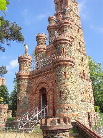 Le sanctuaire de la salette la rabateliere frankrijk beoordelingen - Le chateau des oliviers de salette ...