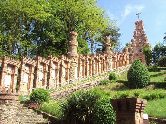 Le sanctuaire de la salette la rabateli re tripadvisor - Le chateau des oliviers de salette ...