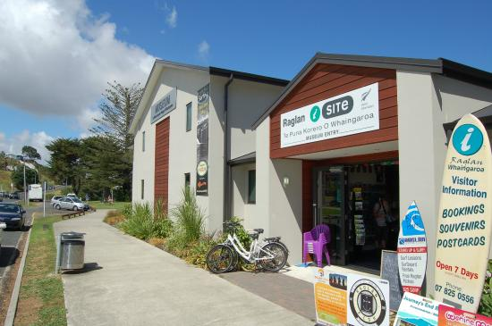 Raglan i-SITe Visitor Information Centre