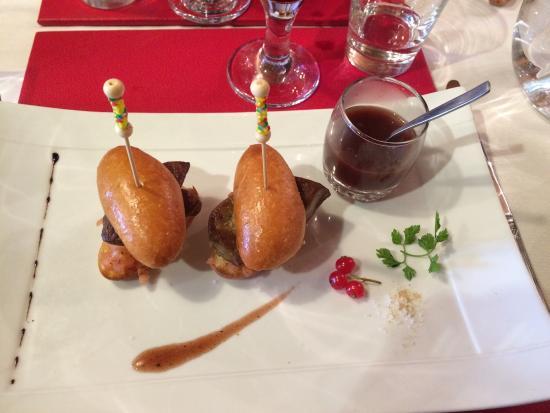 La Table du Trappeur : Mini burger de foie gras poêlé
