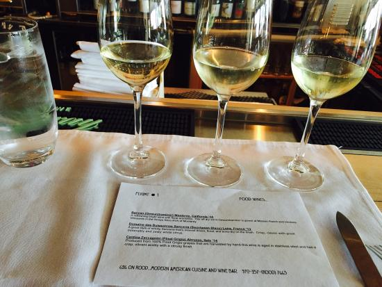 Grand Junction, Kolorado: Best service, delicious food ...try the wine flights