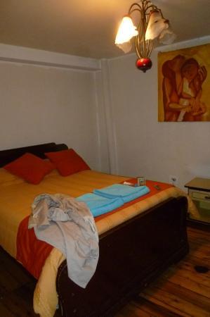 La Casa Tolena Hostal: bed