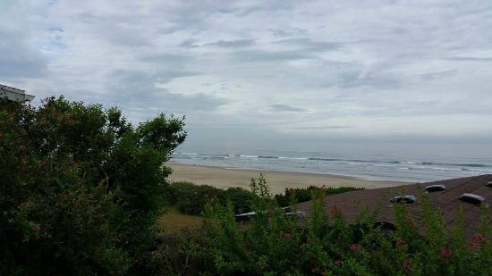 Edgewater Cottages : The view from the deck of the Sea Vista.