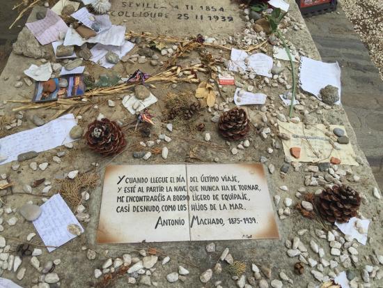 Foto de Tumba de Antonio Machado en el cementerio de Collioure ...