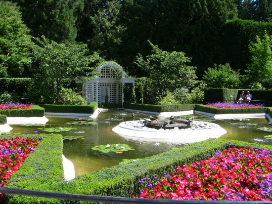 Fountain Picture Of Butchart Gardens Central Saanich Tripadvisor
