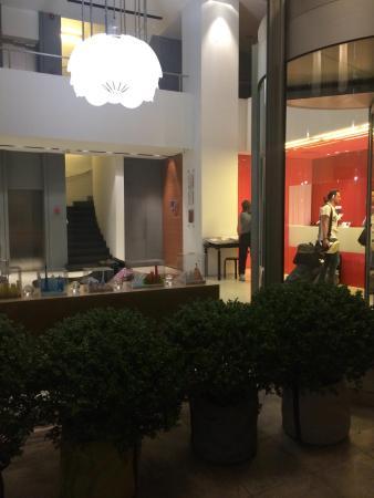 Hotel trendy non lontano da Monastiraki