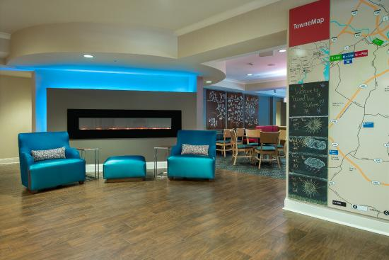 TownePlace Suites Baltimore BWI Airport : Interior Entrance- TownePlace Suites BWI Airport