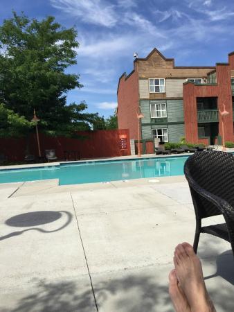Horseshu Hotel and Casino: Pool