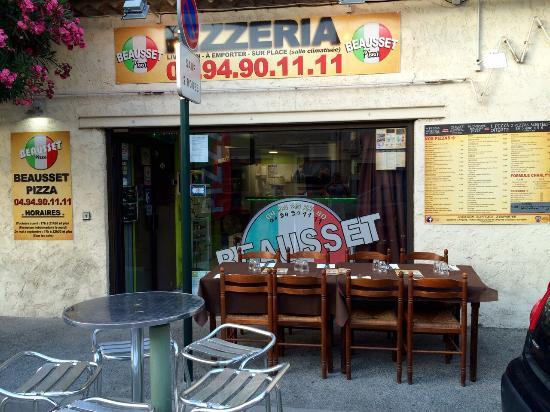 beausset pizza le beausset restaurant avis num ro de t l phone photos tripadvisor. Black Bedroom Furniture Sets. Home Design Ideas