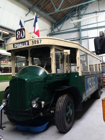 Isle of Wight Bus Museum: Renault Bus from 1935, from Paris!