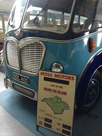 Isle of Wight Bus Museum: Bedford SB Duple 'an Island coach'