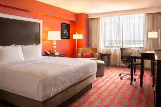 Laguardia Plaza Hotel New York 177 ̶2̶2̶5̶ Updated