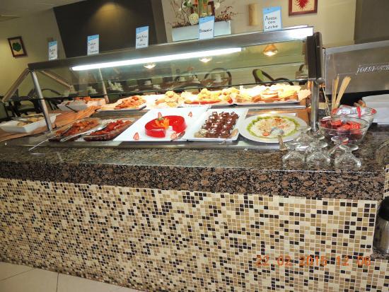 Hotel El Conquistador : Café da manhã