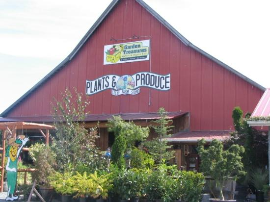 Arlington, WA: Garden Treasures Farm Store