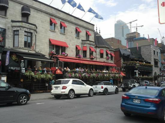 Sir Winston Churchill Pub Complex : Sir Winston Churchill Pub, Crescent Street, Montreal