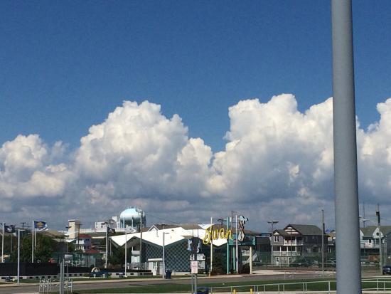 Newport Beach Resort: photo2.jpg