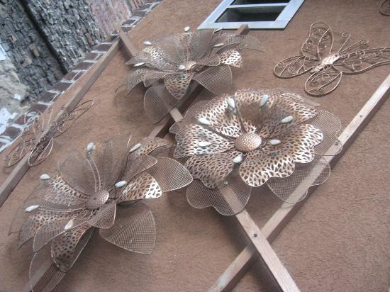 Coolato Gelato: Intriguing patio decor