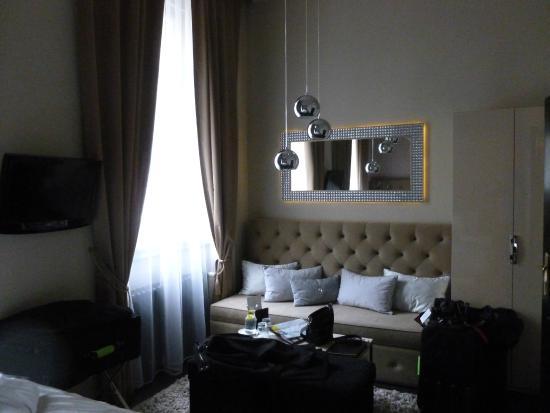 Diamond room picture of design hotel jewel prague for Design hotel jewel