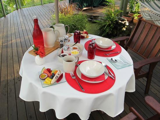 Daintree Village Bed and Breakfast: Breakfast Awaits
