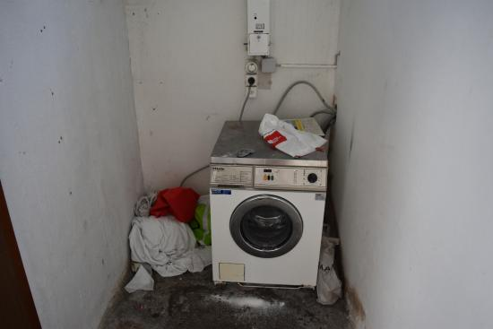 Residence Jungfrau: laundry